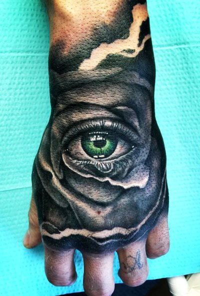 Se faire tatouer un il - Oeil d horus tatouage ...
