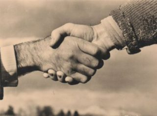 poignee de mains