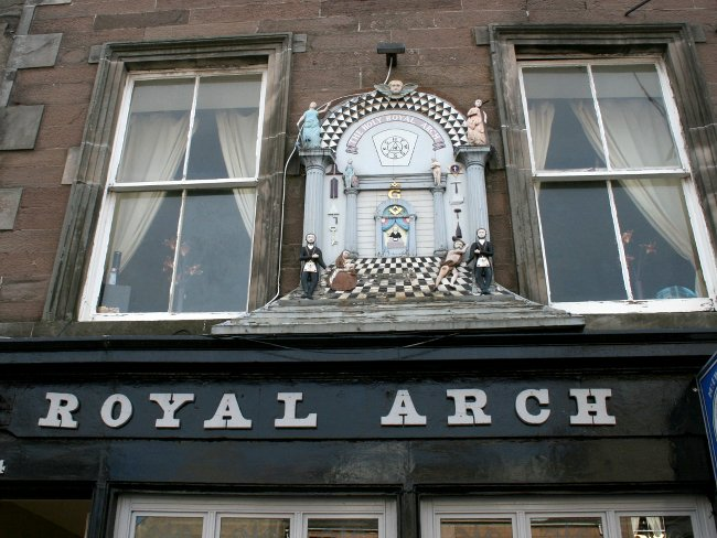 Pub Royal Arch